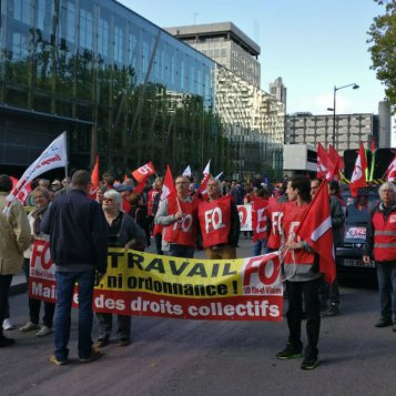 La manifestation en direct